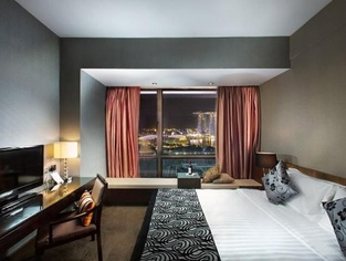 Book 30 days early and save 10% Peninsula Excelsior Hotel en Singapore